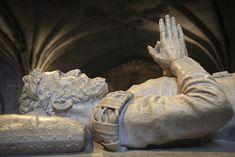 Un poeta en el monasterio de los Jerónimos Lisbon, Places To Go, Lion Sculpture, Statue, Travel, Lisbon Portugal, Poet, Viajes