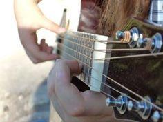 Zablisztes kakaós csigák 20 perc alatt | womanitymagazin.hu Music Instruments, Guitar, Youtube, Musical Instruments, Youtubers, Guitars, Youtube Movies