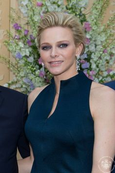 Yesterday, Prince Albert and Princess Charlene hosted a reception at the Prince's Palace in honor of the Monaco Grand Prix. Who Charlene Wore Dress:Akris