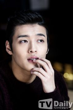 Kang Ha Neul - loving him Scarlet Heart:Ryeo. Those eyes!