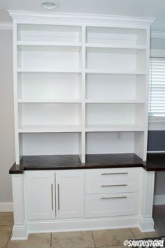 Built-in Office Furniture - free and easy plans from https://sawdustgirl.com.