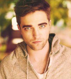 Robert Pattinson's eyes...