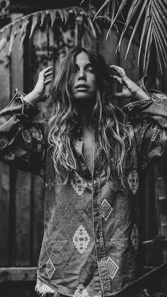 Black And White Wallpaper, Black White Photos, Black And White Photography, Cactus Photography, Urban Photography, Portrait Photography, Mississippi Queen, Boho Chic, Boho Style