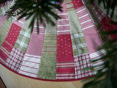 cool ruler to make tree skirt!