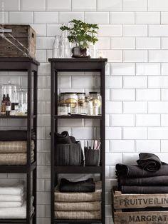 Salle de bain, meuble Ikea.