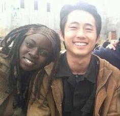 The Walking Dead: behind the scenes Steven Yuen (Glenn) and Danai Gurira (Michonne)