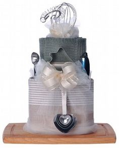 Cutest bridal gift ever. I'd almost get married again to get gifted this cake!