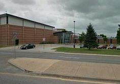 13-Dec-2013 21:58 - SCHIETPARTIJ BIJ SCHOOL IN COLORADO. De politie in Centennial, een voorstad van Denver in de Amerikaanse staat Colorado, is naar een middelbare school geroepen waar zich vrijdag een...