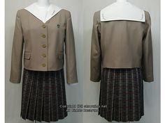 名城大学附属高校の制服