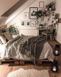 Afbeelding kan het volgende bevatten: slaapkamer en binnen