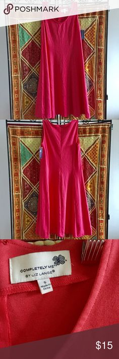 ⭐️ SALE ⭐️ NWT Classic A-Line Sleeveless Dress SALE! NWT classic A-line cotton/jersey dress from Liz Lange. The perfect go-to dress for parties, work events, and Summer holidays. Poly-rayon blend. Purchased new from Target. Note: original belt missing from item. Liz Lange Dresses Midi