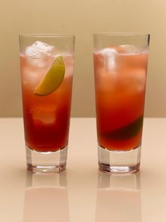 1 part Absolut vodka 1 part cranberry juice 1 part pineapple juice 1 lime wedge Fill a chilled highball glass with ice cubes. Add all ingredients. Garnish with lime.