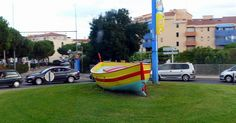 A roundabout in the Catalan colors in Argeles-sur-Mer (Pyrénées-Orientales). © Catherine Burg - Photo Gallery