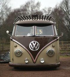 55 Awesome Camper Van Design Ideas for VW Bus Volkswagen Transporter, Vw T1 Camper, Vw Caravan, Volkswagen Bus, Kombi Pick Up, Vw Minibus, Combi Ww, Carros Vw, Combi Split