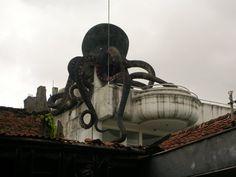 Tempat Seram, Angker dan Berhantu di Bandung rumah gurita gereja setan