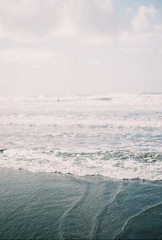 / ocean / waves / water / earth / explore / world / wave / beach / sand / lake / beautiful / travel / adventure / oceanic / inspiration / blue / sky / swim / pretty / sea / tide / shore / seashore / oceanfront / bank / seaside Sea And Ocean, Ocean Beach, Ocean Waves, No Wave, Into The Wild, Ligne D Horizon, Am Meer, Salt And Water, Summer Vibes