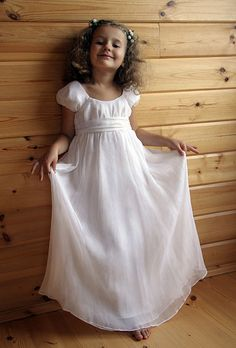 Discount New Style Winsome Short Sleeves Empire Waist Floor Length Wholesale Dress For Sale, Enjoy OFF, Buy Discount All Flower Girl Dresses at wholesale prices. White Dress With Sleeves, Girls White Dress, Little Girl Dresses, Girls Dresses, Dresses With Sleeves, Beach Dresses, Dresses 2014, Flower Girls, Wedding Flower Girl Dresses