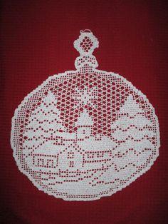 Best 12 zawieszki do okna – SkillOfKing.Com - Her Crochet Crochet Angel Pattern, Crochet Doily Diagram, Filet Crochet Charts, C2c Crochet, Crochet Doily Patterns, Crochet Doilies, Crochet Flowers, Christmas Projects, Christmas Wreaths