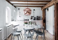 Drama, Drama, Drama: 13 Kitchens with Scene-Stealing Lighting