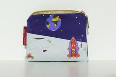moneybag with little aliens on the moon art van mil fabric http://art-van-mil.blogspot.de
