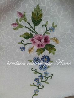 Chain Stitch Embroidery, Hand Embroidery Stitches, Embroidery Designs, Cordon Crochet, Tambour Beading, Beauvais, Crochet Cord, Le Point, Rococo