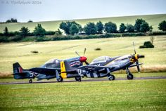 North American Aviation P51D Mustang, Αεροπορική Επίδειξη Flying Legends 2016, Αεροδρόμιο Duxford, Cambridgeshire, Αγγλία, Βρετανία (North American Aviation P51D Mustang, Flying Legends Airshow 2016, Duxford Airfield, Cambridgeshire, England, UK).