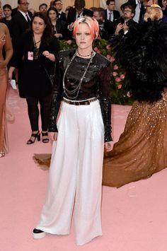 Kristen Stewart at the 2019 Met Gala Carey Mulligan, Joan Smalls, Sienna Miller, Zoe Saldana, Emma Roberts, Elle Fanning, Gala Dresses, Red Carpet Dresses, Sophia Loren