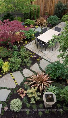 Garden Design including overall concept, design and plantings: Darcy Daniels, Bloomtown Gardens. Landscape construction: Tryon Creek Landsca...
