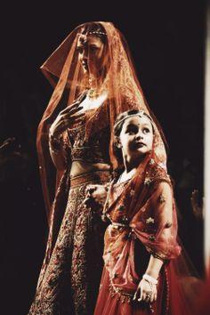 http://www.TarunTahiliani.com/index.html Bridal via Bollywood Ishtyle