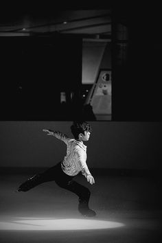 """""""Shoma Uno, Fantasy for Violin & Orchestra    2016 Ice Castle Opening Show in Shenzhen (x) """""""