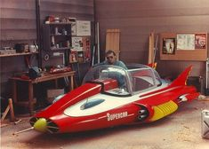 (martinbowersmodelworld, Martin Bower (shown below seen sat inside Supercar) is one of the most prolific model makers and designers to the Film, TV, advertising and publishing industry. Thunderbirds Are Go, Classic Sci Fi, Old Tv Shows, Sci Fi Movies, Old Toys, Vintage Toys, Vintage Models, Cool Cars, Weird Cars