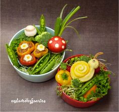 Toadstools and Snails Bento Box