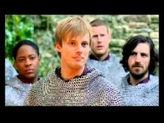 Merlin Bloopers... love how it's the older actors that get the giggles... that and Gwaine can't run in the snow...  Merlin <3