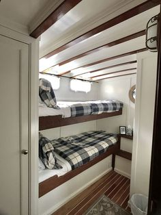 Sleeps 8 Guests in 4 Staterooms - Cascade - Boot Innenausbau - yacht