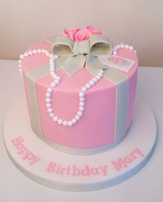 Vintage pearls and bows birthday cake by www.flossiepopscakery.co.uk