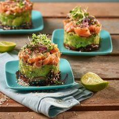 These salmon and avo stacks are beautiful to look at and taste great! Raw Salmon, Salmon Sushi, Seafood Recipes, Snack Recipes, Easy Recipes, Easter Lunch, How To Squeeze Lemons, Serving Plates, Perfect Food