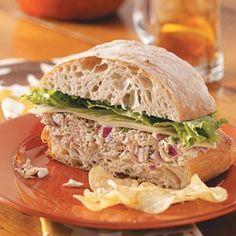 Fiesta Tuna Salad Sandwiches Recipe -Sometimes I make a tuna melt out of this sandwich and serve warm. The tuna salad spread is also yummy as a dip. Ham Sandwich Recipes, Turkey Sandwiches, Salad Sandwich, Wrap Sandwiches, Panera Sandwiches, Best Tuna Salad, Panera Bread, Soup And Salad, Meat Salad