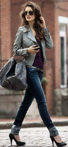 roll up your skinny jeans, add chic pumps, grey leather jacket and bag, and cute aviators, and you've got a perfect city outfit. Definitely trying this in New York in March