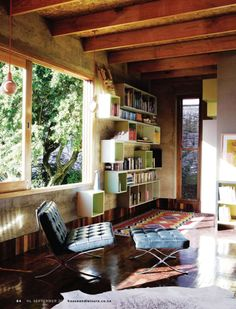 love the window, the shelves, the rug... pretty much everything about this room