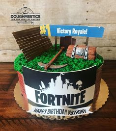 Fortnite cake by Sweet Doughmestics 12th Birthday Cake, 9th Birthday Parties, Boy Birthday, Birthday Ideas, Happy Birthday Anthony, Baby Shower Cakes For Boys, Deco Floral, Diy Cake, Party Cakes