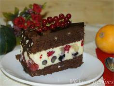 Tort cu fructe, cremă diplomat cu mascarpone şi blat de ciocolată