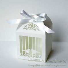 Free Birdcage favor box svg cutting file - a great way to present my quilled chickens? Kirigami, 3d Cuts, Scan And Cut, Silhouette Cameo Projects, Favor Boxes, Card Making, Paper Crafts, Gift Wrapping, Crafty