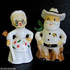 SHERIFF SANTA & DEPUTY MRS. CLAUS-Vintage Christmas Salt and Pepper Shakers