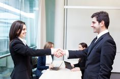 5 Quick Tips For Being A More Confident Networker - Know How To Break The Ice, Get Warmed up, Be Aware Of Your Body Language, Ask Great Questions and Have Fun