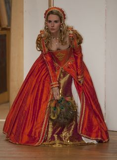 Image detail for -Highlights of Renaissance Fashion Show - Julia Renaissance Costumes