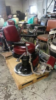 $$$AVAIL CHAIRS$$$$$ :-) Antique barber chair restoration Metal finishes nickel and chrome plating, .ca Telephone O) 647 921 2256 C) 647-293-5000 EFAX 905 2 Mobile Barber, Professional Haircut, Leather Chaise Lounge Chair, Stylish Haircuts, Outdoor Dining Chair Cushions, Shopping Near Me, Barber Chair, Gothic Home Decor, Gothic House