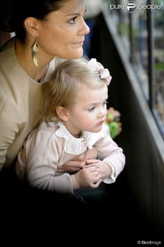 Princess Victoria and her daughter princess Estelle visiting the aquarium of Stockholm's zoo. 16 April 2014