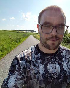 Fantastisk vejr på en dejlig arbejdsdag  Heldigt man kan komme ud og nyde solen lidt også  #Fårup #Randers #Sommer #Summer #Sol #Sun #Warm #Natur #Hygge #Varmt #Danmark #Solskin #Forår #Sunshine #Spring #GåTur #Denmark #Lækkert #Glad #Afslapning #Varme #dejligdag #LækkertVejr #Vejr #GodtVejr #Arbejde #Work #Job