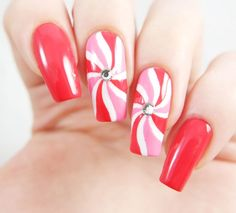 fine 37 Simple but Elegant Nail Art for Christmas http://attirepin.com/2017/11/19/37-simple-elegant-nail-art-christmas/