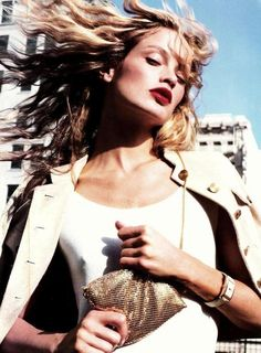 Golden Girl Model: Carolyn Murphy Ph: Tesh US Harper's Bazaar June 2002 Editorial Photography, Fashion Photography, Vogue Models, Carolyn Murphy, Natalia Vodianova, Si Swimsuit, City Style, Fashion Images, Girl Model